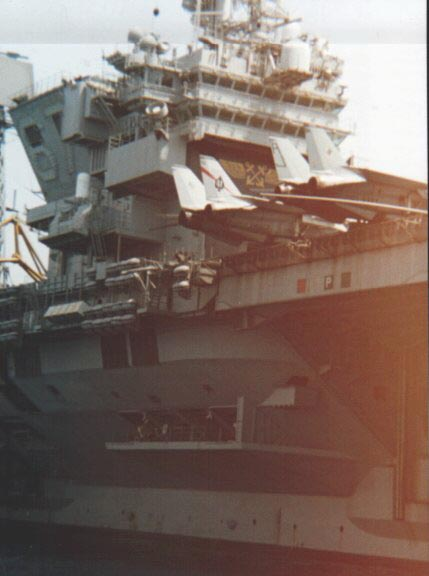 united_states_navy_aircraftcarrier_cv67_picture